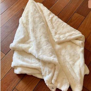 Indigo   Blanket Throw Faux Fur Cream Ivory Cozy